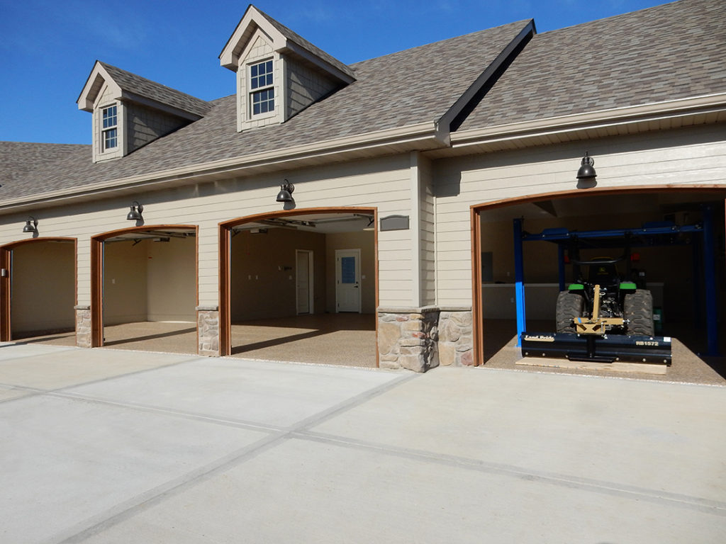 Oversized 4 car garage dwayne browning 4 car garage
